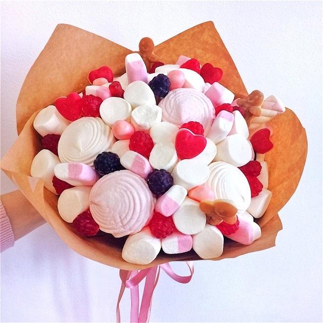 Цветы, но не совсем: идеи необычных букетов к 1 сентября - оригинальный и нескучный подарок учителю