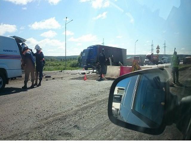 Кабину грузовика разорвало в ДТП под Набережными Челнами