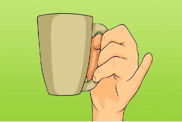 Характер_по_манере_держать_чашку_какой_характер_у_человека_как_он_держит_в_руках_чашку_оттопыренный_мизинец