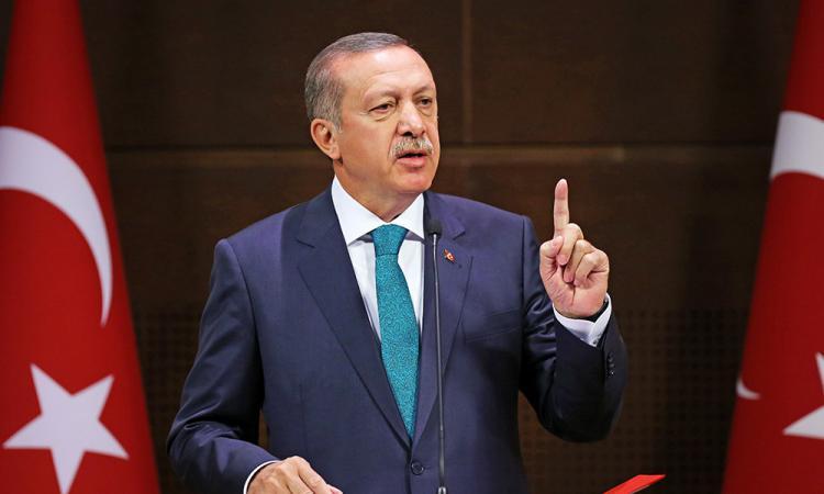 Эрдоган грозил наводнитьЕС беженцами— Греция