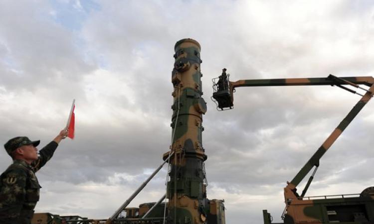 ВКитайской республике провели тестирования новоиспеченной баллистической ракеты