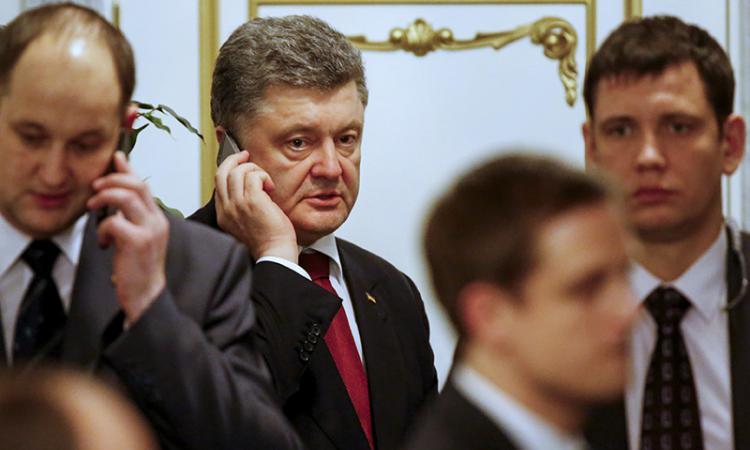 Порошенко: Путин соглашается навооруженную полицейскую миссию ОБСЕ наДонбассе