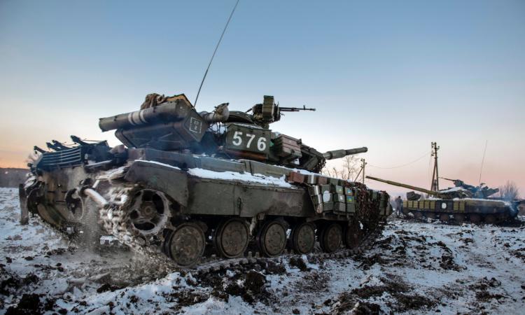 Украинские танки убивают свои экипажи – бойцы «Правого сектора» в страхе бегут с позиций – СМИ; в Минобороны ДНР раскрыли страшную тайну ВСУ; Порошенко и Байден договорились по Донбассу