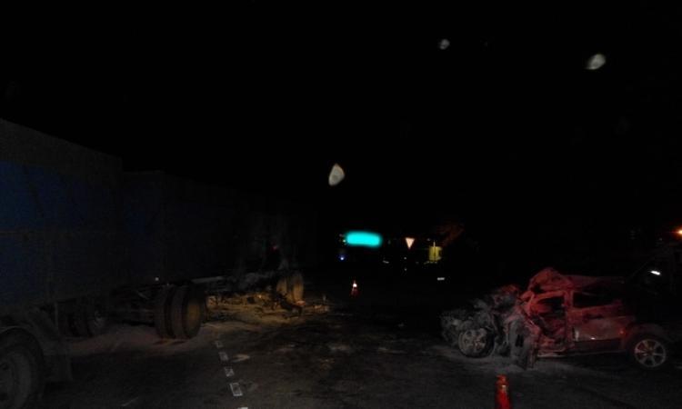 В Аксайском районе Ростовской области погибли водитель и пассажир «ВАЗ-21093»
