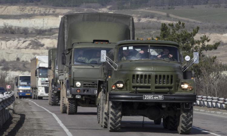 По Ростовской области в сторону украинской границы передвигаются колонны военной