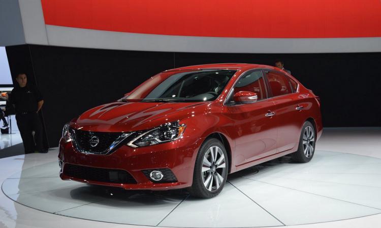 Nissan Sentra предстал в обновленном виде