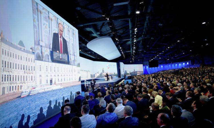 США давят на Швейцарию по вопросу о посещении ПМЭФ-2016