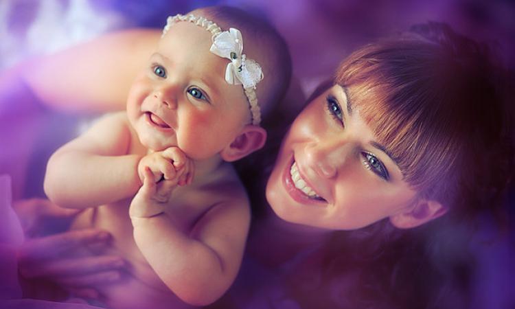 Ученые: Микрофлора ребенка закладывается вутробе матери