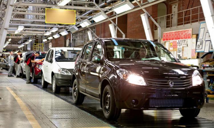 Renault готовится к выпуску в России новой модели которая заменит Logan