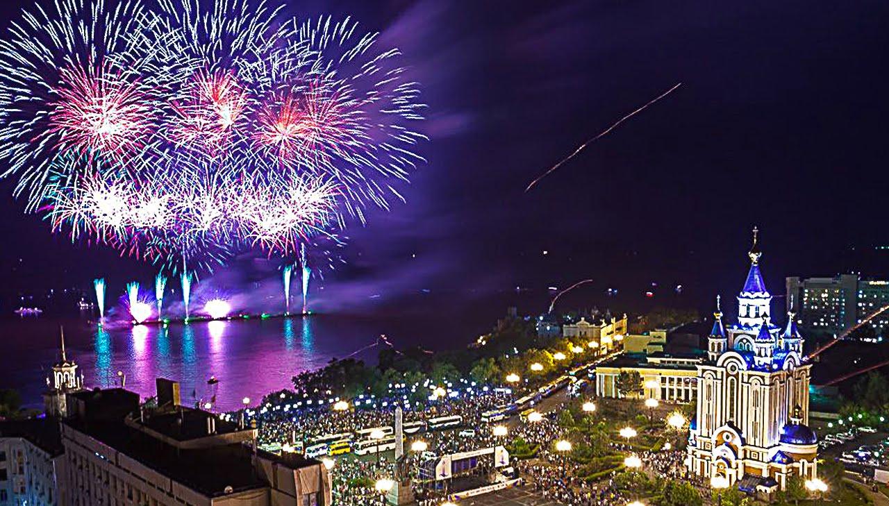 В день 161-й годовщины Хабаровска небо окрасит японский фейерверк под музыку