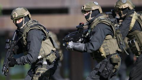Шесть человек погибли при стрельбе в немецком Рот-ам-Зе