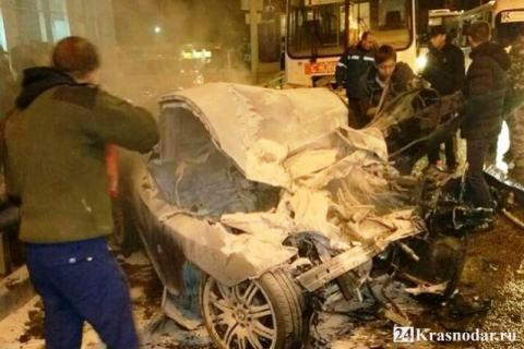 В Краснодаре погиб водитель иномарки, врезавшейся в рейсовый автобус
