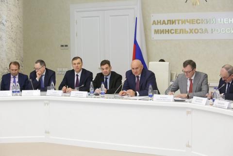 Джамбулат Хатуов: «Взаимодействие Минсельхоза России и отраслевых союзов и ассоциаций становится с каждым годом все эффективнее»