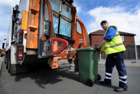 На сколько увеличится тариф на вывоз мусора в следующем году
