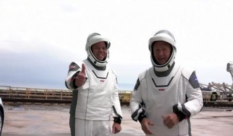 астронавты NASA картинки