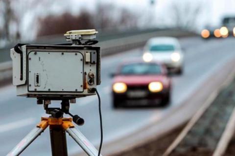 Камеры на дорогах начнут фиксировать нарушения дистанции и опасную езду