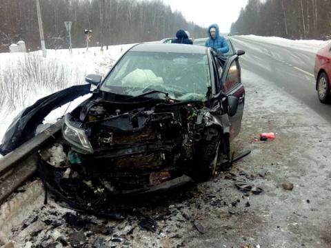 Под Ростовом в ДТП на скользкой трассе погибли два человека