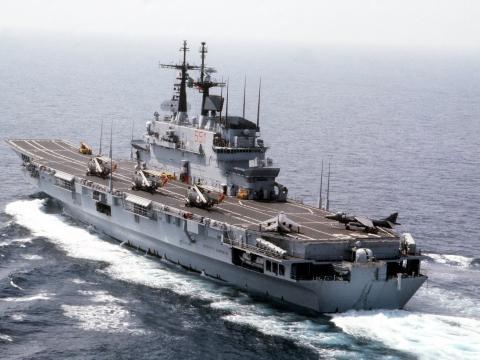 Минобороны РФ отслеживает суда НАТО в черноморской акватории