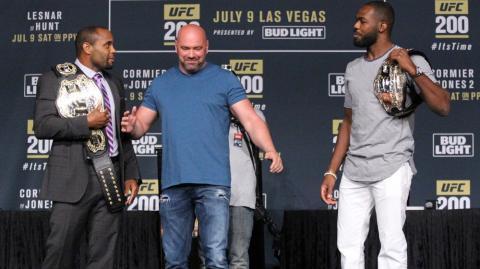 Боец UFC Даниель Кормье хочет побить Джона Джонса, несмотря на то, что он «читер»