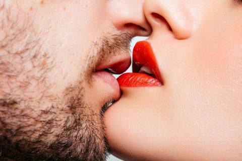 Когда любовь в браке умерла: 5 признаков, которые говорят о том, что женщина изменяет