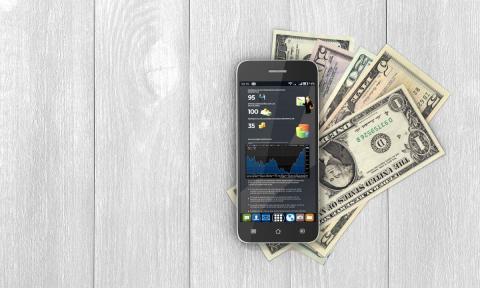 Мобильный телефон деньги