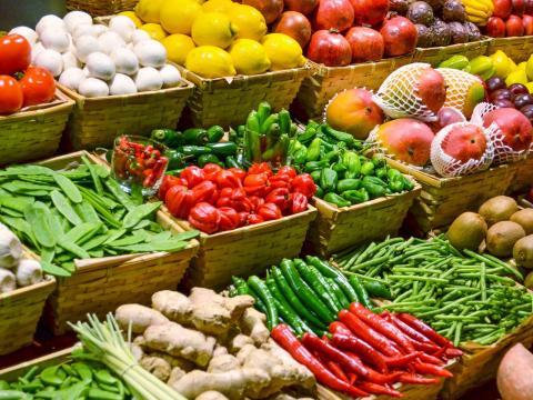 Картинки фрукты овощи в магазине