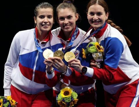 Российские саблистки завоевали золото на Олимпиаде в Токио