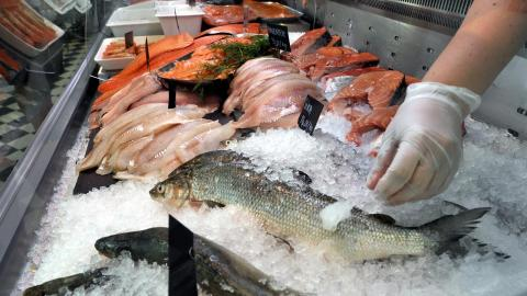 Рыба в магазине