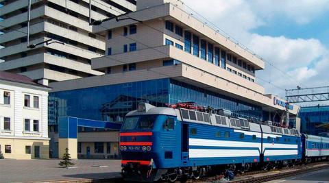 Железнодорожный вокзал в Ростове-на-Дону