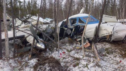 Крушение самолета в Хабаровском крае: выжившая девочка летела к бабушке без родителей