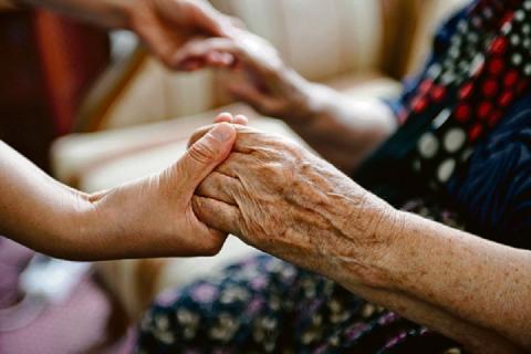 В Ростовской области от коронавируса вылечили 100-летнюю женщину