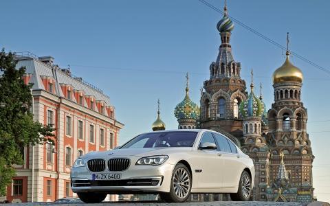 автомобили в России подорожали