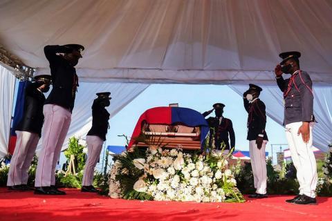 Церемония прощания с президентом Гаити