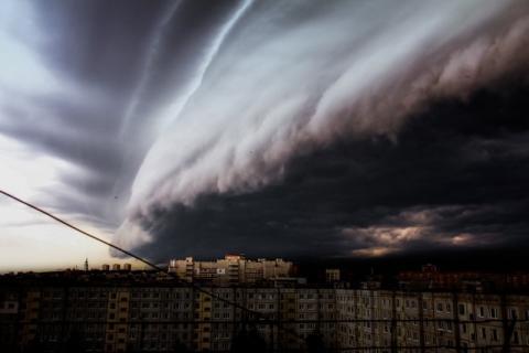 Ураган «прошелся» по Тюмени: как это было - последствия непогоды в фотографиях