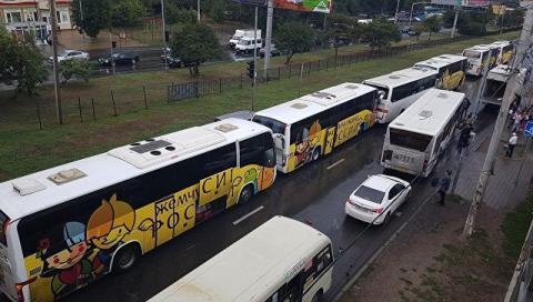 В Ростове ДТП с детьми: столкнулись четыре автобуса 02 09 2017 – фото, последние новости