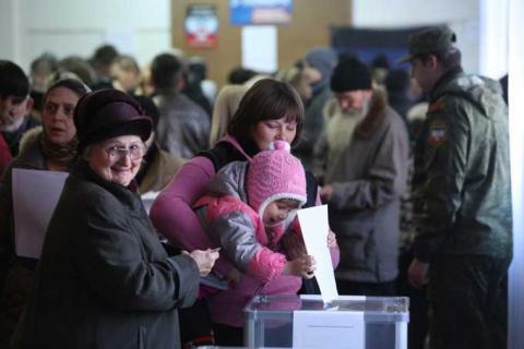 В ДНР и ЛНР назвали лидеров на выборах после подсчета более 95% голосов
