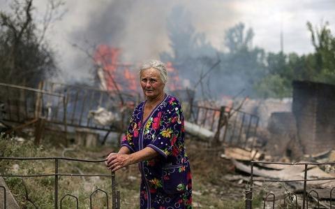 Донбасс содрогнулся от ночных обстрелов: озвучены последствия адской ночи