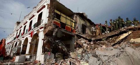 Землетрясение в Мексике: дома складывались как игрушки, погибли 250 человек, первые видео и подробности