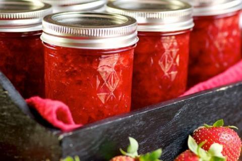 Варенье из ягод клубники густое – с целыми ягодами на зиму