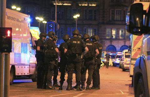 Теракт в Манчестере - Британия