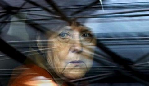 Партию Меркель покинула ее соратница со стаже 40 лет