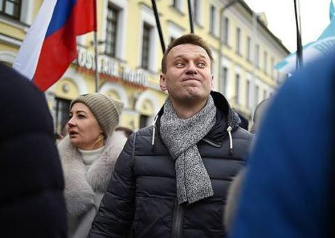 Алексей Навальный сообщил, что ему запретили выезд за границу