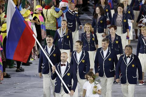Новый олимпийский скандал - циничная выходка, связанная с флагом России