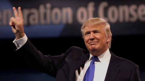 Разведслужбы США уверены, Трампа профинансировали пенсионеры России - СМИ