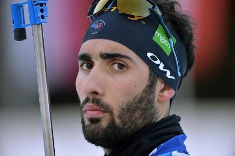 Фуркад требует от Логинова извинений за победу российского биатлониста в спринте