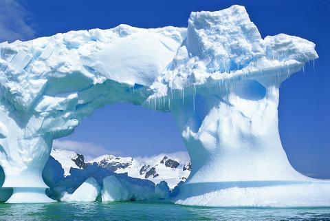 В Антарктиде разгадана очередная тайна: ученые раскрыли причину появления аномальной полыньи