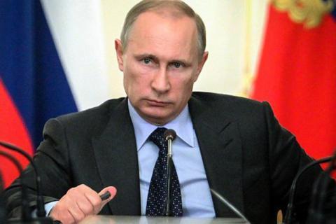 Универсальный ответ России США набирает обороты: маховик удара по доллару раскрутился еще сильнее