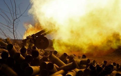 В ЛНР гремит Первомайск, а в ДНР бои по всей линии фронта