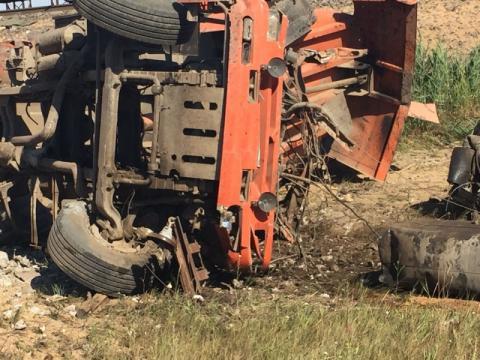 В Ростовской области столкнулись пассажирский поезд и «КамАЗ», погибли люди