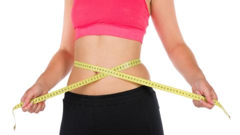 Похудеть и вывести токсины без диет: ученые назвали напиток, который помогает похудению и убирает жир с талии